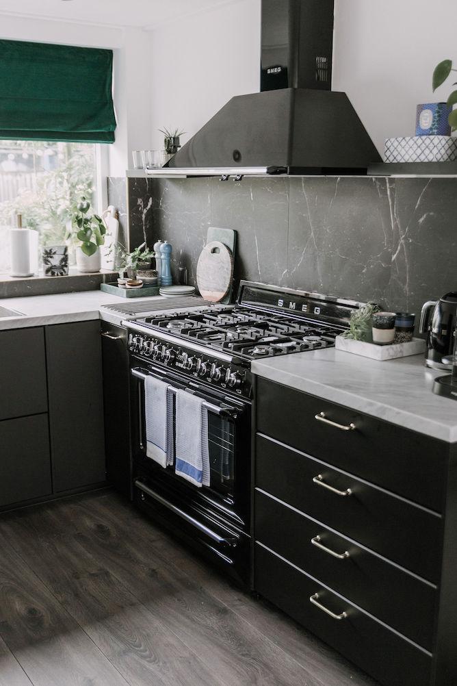 zwarte Ikea KUNGSBACKA keuken
