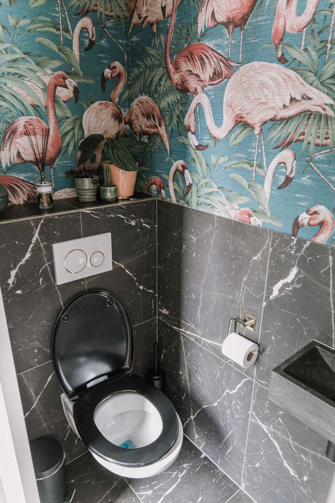 Arte Avalon Flamingo behang in het toilet