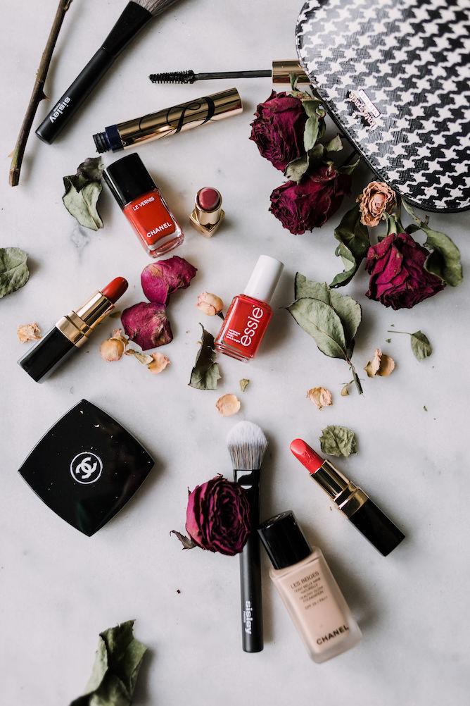 red make-up flatlay