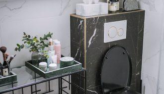 zwarte marmer badkamer
