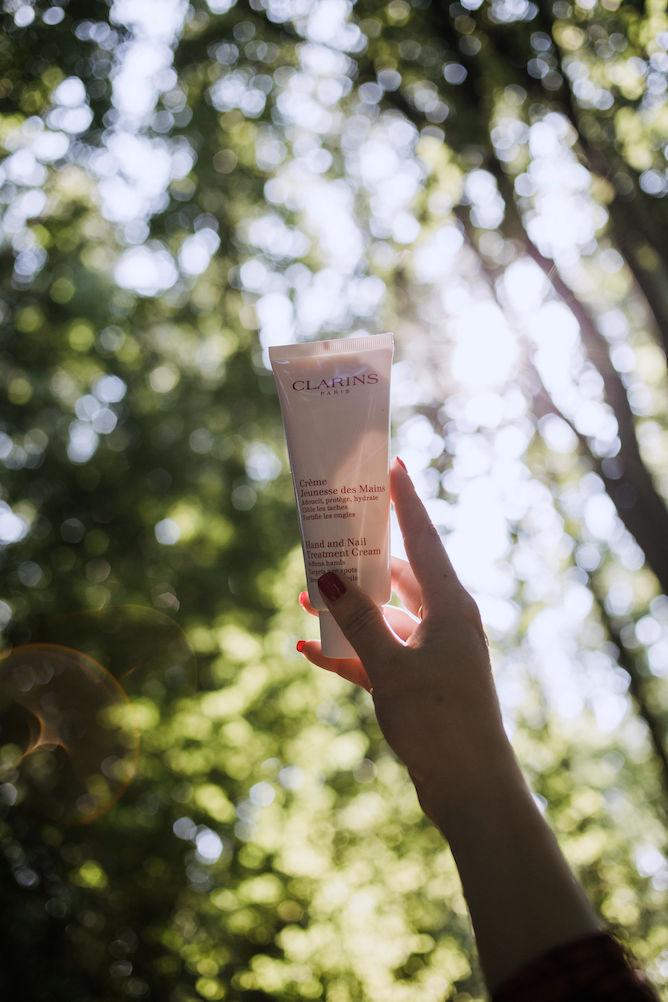 clarins hand en nail treatment cream